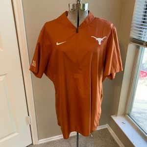 Nike | Men's Pullover Sideline Jacket Texas